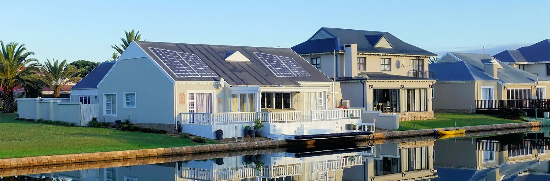 residential Florida home with solar panels installed on roof